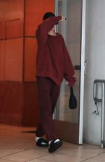 Kendall Jenner Leaving her dermatologist office in Beverly Hills