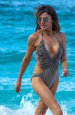 Lizzie Cundy Enjoy on the beach in Barbados