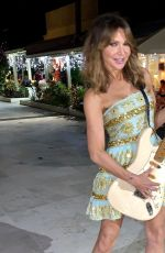 Lizzie Cundy Out with the locals out on her holidays in Barbados