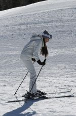 Madison Beer Hits the slopes for a ski lesson in Aspen