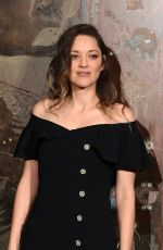Marion Cotillard At Chanel Metiers d