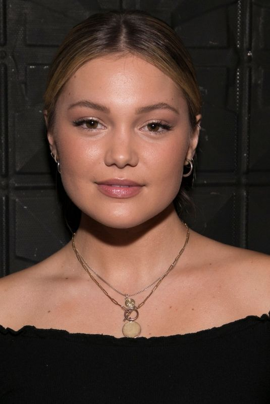 Olivia Holt At SONIA Performs At The Sayers Club in Hollywood