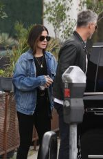 Sandra Bullock Takes her kids to an escape room in Los Angeles