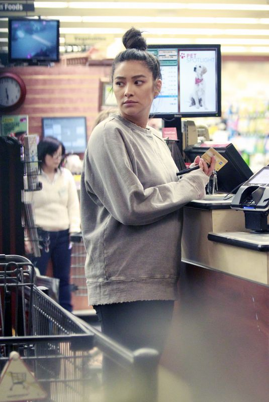 Shay Mitchell Shopping at Gelson