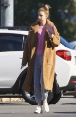 Whitney Port and husband Tim Rosenman stops at the local Car Wash