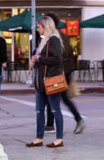 Ali Fedotowsky Out for an evening stroll in Los Angeles