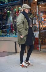 Blake Lively Seen with her newborn baby girl out for breakfast and then going to a meeting with a nany in New York City