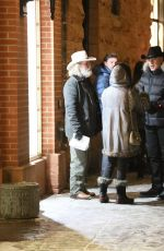 Goldie Hawn Out for dinner with friends in Aspen