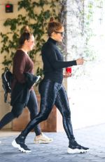 Jennifer Lopez Leaves her hotel in Los Angeles