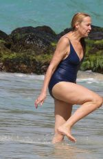 Jerry Hall Seen on the beach in Barbados