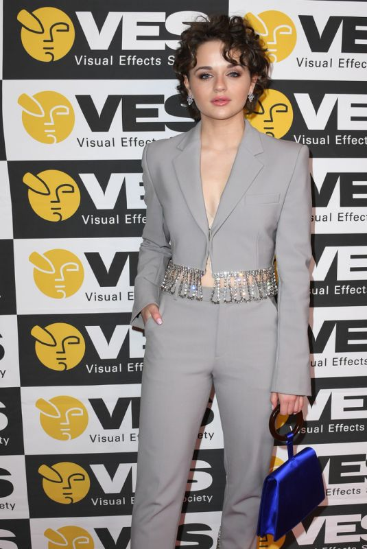 Joey King At 18th Annual Visual Effects Society Awards in Beverly Hills