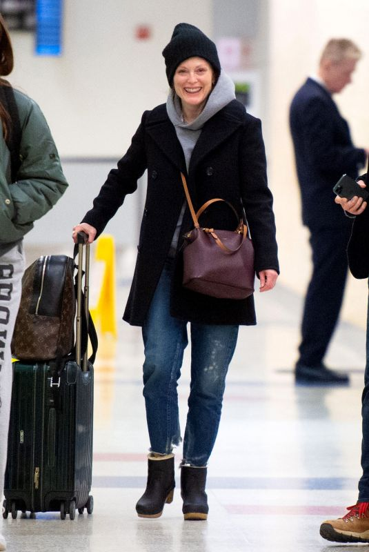 Julianne Moore At JFK Airport