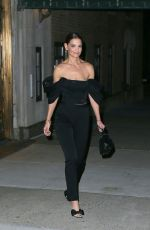 Katie Holmes Leaves her apartment to attend a special screening of