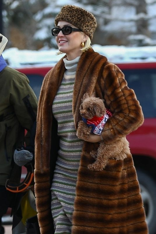 Katy Perry Seen out in Aspen