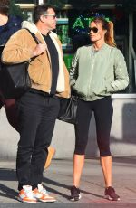Kelly Bensimon Meets up with a mystery man for lunch at St. Ambrose