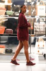 Kelly Rowland Out for shopping at Celine in Beverly Hills