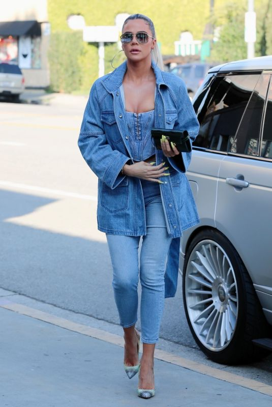Khloe Kardashian Seen out in Sherman Oaks
