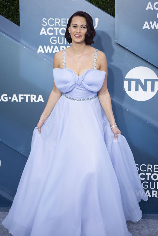 Kristen Gutoskie At the red carpet of the 26th Annual Screen Actors Guild Awards held at the Shrine Auditorium in Los Angeles
