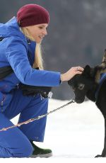 Michelle Hunziker with her husband Tomaso Trussardi and daughter Aurora on the dog sled in Sauris