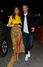 Olivia Culpo Shows off her toned abs as she leaves a date night at Prime One Twelve in Miami