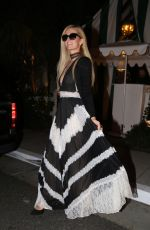 Paris Hilton Has dinner with a friend at San Vicente Bungalows in West Hollywood