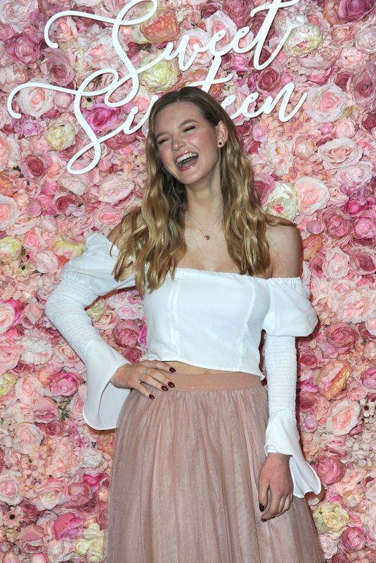 Peyton Kennedy Arrives for her Sweet 16 Charity Event held at Peer Space