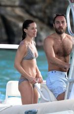 Pippa Middleton and hubby James Matthews have a swim and boat ride in St. Barths