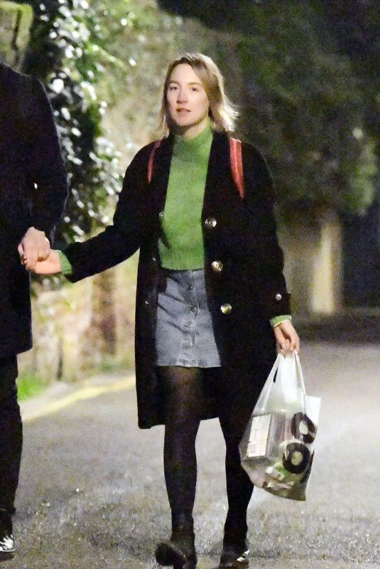 Saoirse Ronan Taking an evening stroll and holding hands with a Scottish actor Jack Lowden, London