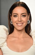 Aubrey Plaza At 2020 Vanity Fair Oscar Party in Beverly Hills