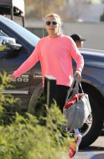 Busy Philipps Heads to the gym to get her daily workout don