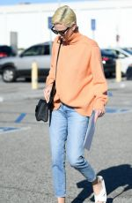 Charlize Theron Leaves the West LA Federal Building in Los Angeles