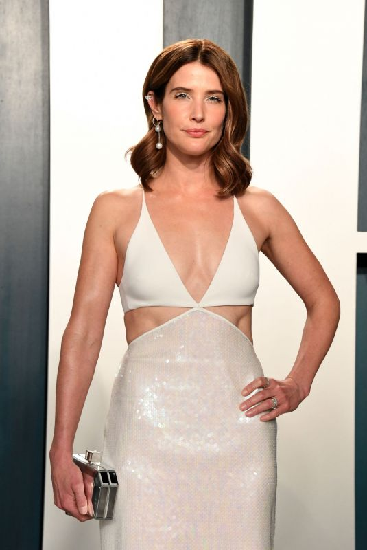 Cobie Smulders At 2020 Vanity Fair Oscar Party in Beverly Hills