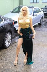Courtney Stodden Poses for photos as she arrives at the Hollywood Museum for the Roger Neal and Maryanne Lai Oscar Viewing Party