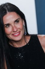 Demi Moore Walking on the red carpet at the 2020 Vanity Fair Oscar Party