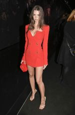 Emily Ratajkowski Arriving at the Versace Fashion Show in Milan