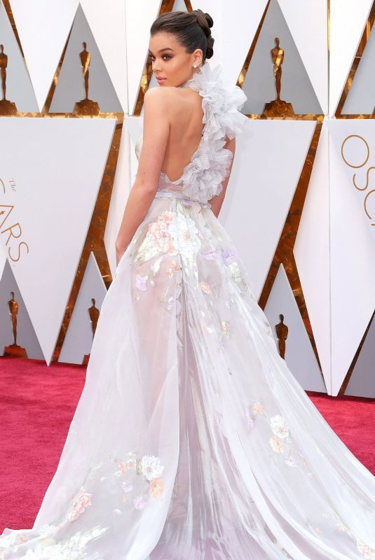 Hailee Steinfeld Attends the 92nd Annual Academy Awards