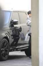 Hailey Bieber Leaves a spa in Los Angeles