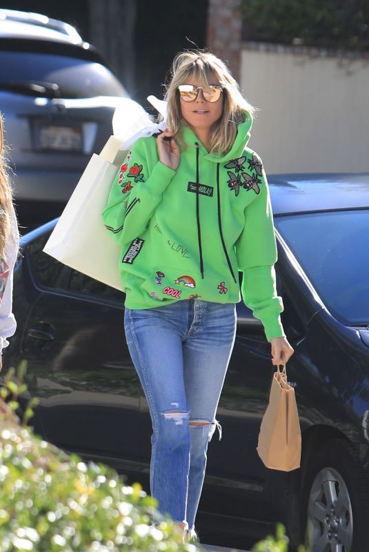 Heidi Klum Seen out for shopping in Los Angeles