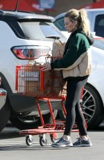Hilary Duff Outside Trader Joe