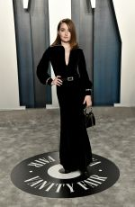 Kaitlyn Dever At 2020 Vanity Fair Oscar Party in Beverly Hills