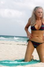 Katie McGlynn Shows off her sexy beach body physique as she enjoys her winter holidays in Mexico