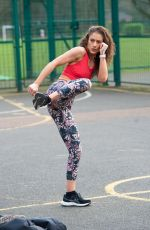 Katie Waissel Shows off her amazing new body as she enjoys a workout in a North London park