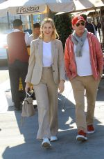 Kelly Rutherford Exits Il Pastaio after enjoying lunch with a friend