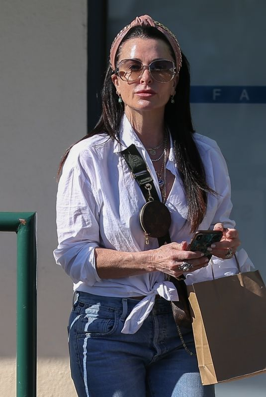 Kyle Richards Visits Ole Henriksen Face and Body Spa in West Hollywood