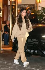 Madison Beer Has dinner with friends at the Sunset Tower Hotel in West Hollywood