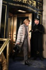 """Mandy Moore Pictured filming a scene at the """"This is Us"""" set outside The Plaza Hotel in Uptown, Manhattan"""