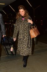 Maria Shriver Arriving at LAX for a departing flight out of Los Angeles