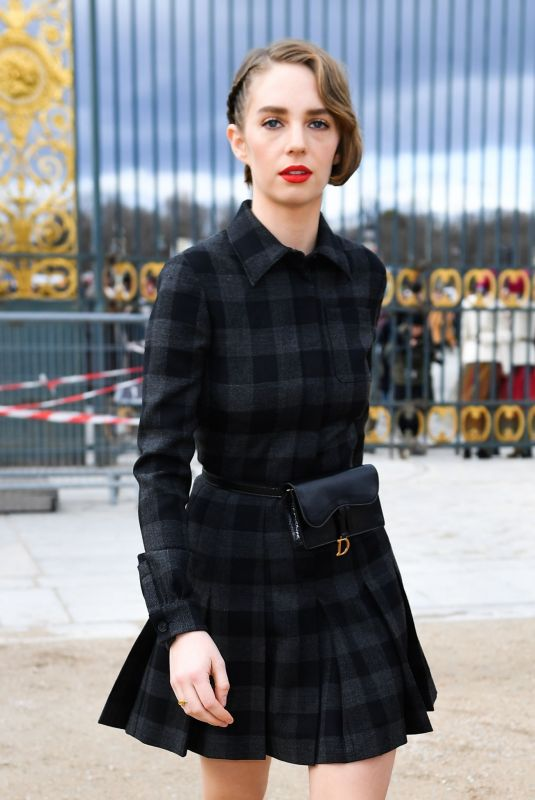 Maya Hawke Arrives at the Dior show during PFW in Paris
