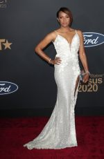 MC Lyte At 51st NAACP Image Awards - Arrivals