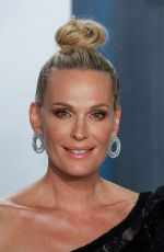 Molly Sims Attends the Vanity Fair Oscar Party at the Wallis Annenberg Center for the Performing Arts